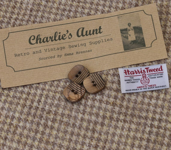 Single width handwoven Harris Tweed in camel and beige dog tooth check with vintage wooden buttons