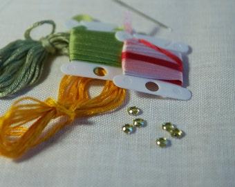 Silk Ribbon Embroidery Kit, Beginner Embroidery Kit, Embroidery Pattern, DIY embroidery kit, Embroidery Art, Silk Ribbon Flower