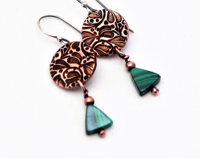Copper Earrings Rustic Modern Copper Jewelry Trendy Malachite Green Dangle Earrings Circle Leaf Nature Earrings  Gifts for Her