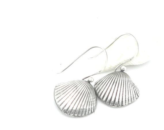 Sea Shell Earrings Small Dangle Earrings Sterling Silver Beach Wear Jewelry Nautical Jewelry Ocean Jewelry