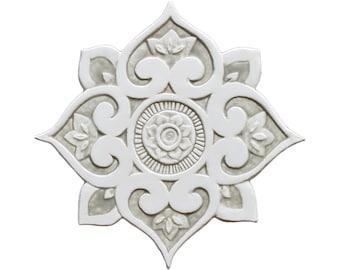 Mandala-Wanddekor, hergestellt aus Keramik, Outdoor-Wand-Kunst, Keramik Wandkunst, keramische Fliesen, Mandala 3 Ausschnitt, beige