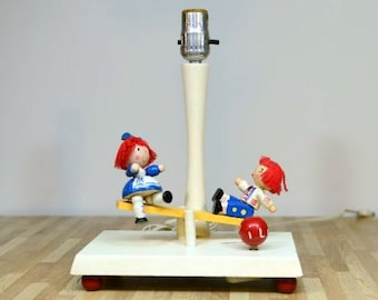 Vintage Nursery Originals Lamp Raggedy Ann and Andy Bobb's Merrill Inc. 1976 Frère Jacques Wake Up Song