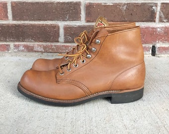 vintage RED WING caramel leather BOOTS 8.5/9 womens lace up work boots camel light brown toffee soft toe hiking boots vintage winter boots