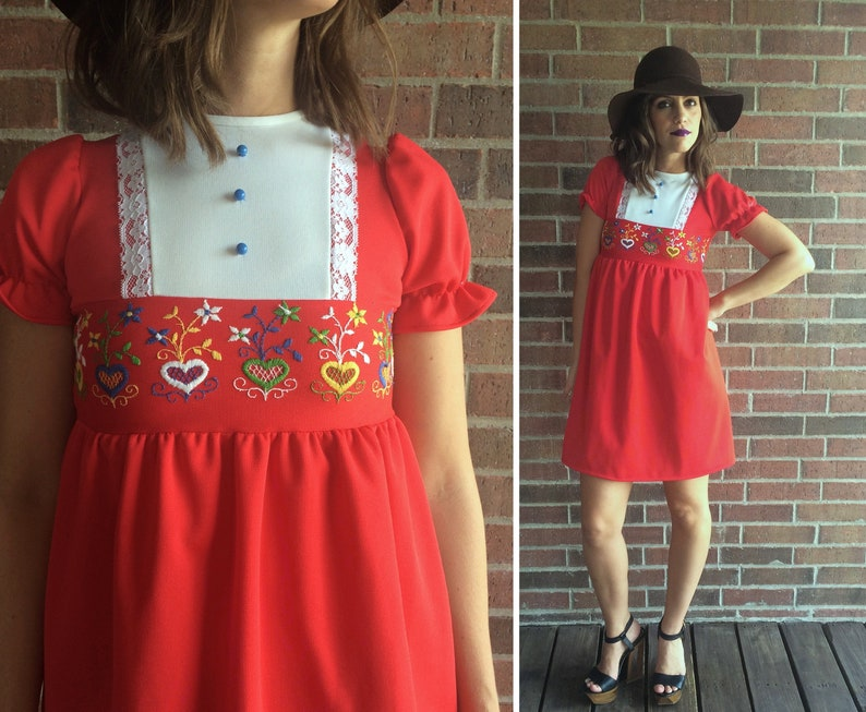 e69a6d11ef915 Vtg 60s Red EMBROIDERED HEARTS Mini DRESS xxs dolly dress