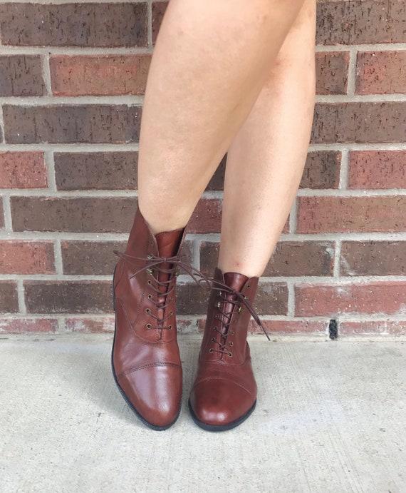 vintage 90s SLEEK Brown Leather GRANNY BOOTS 9 la… - image 5
