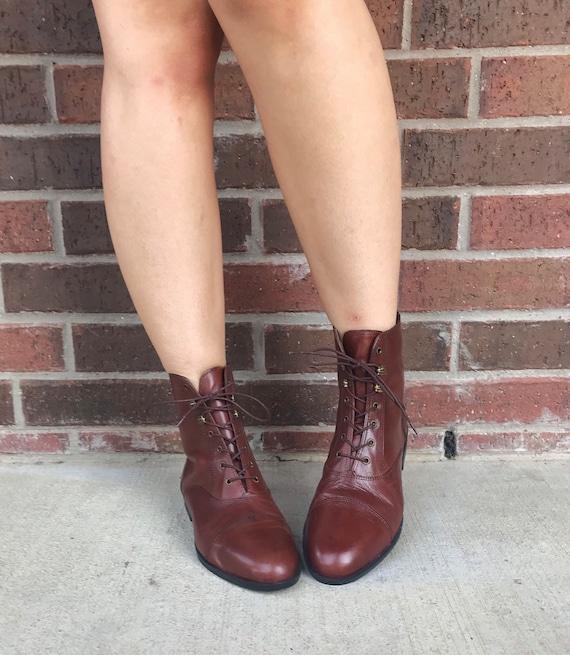 vintage 90s SLEEK Brown Leather GRANNY BOOTS 9 la… - image 6