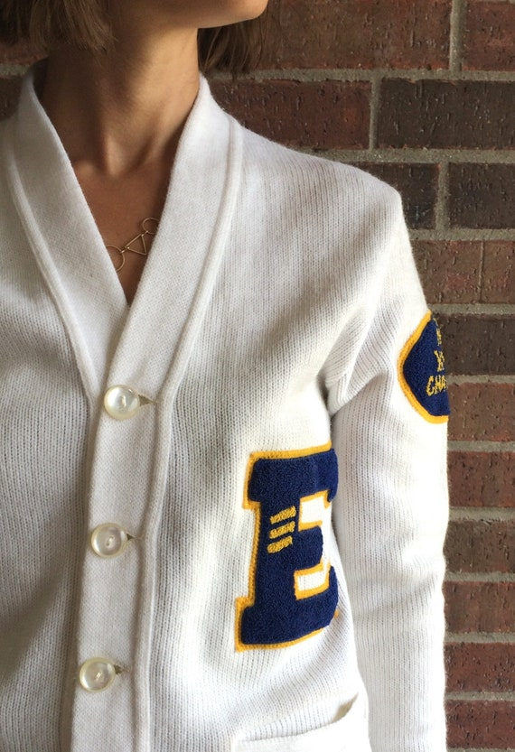 vintage 50s white YMCA LETTERMAN SWEATER Small fu… - image 4