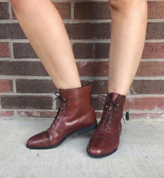 vintage 90s SLEEK Brown Leather GRANNY BOOTS 9 la… - image 3