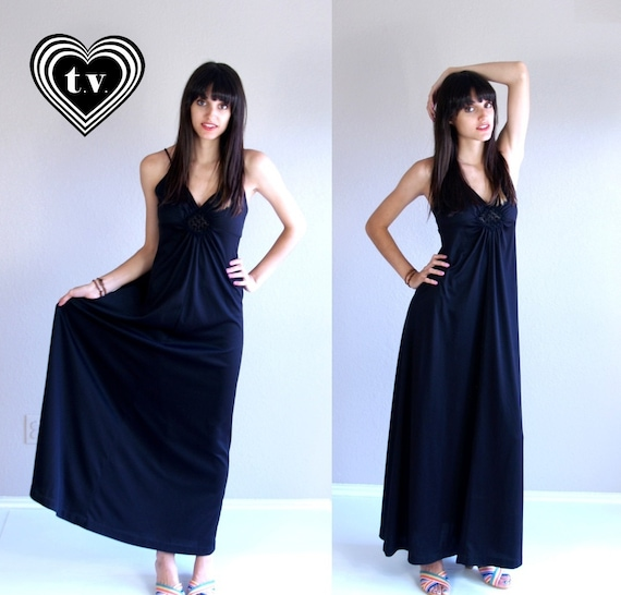 vintage 70s black CROCHET open back MAXI DRESS xs/
