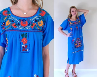 vtg 70s teal EMBROIDERED flowers MEXICAN DRESS Med/Large hippie floral boho festival ethnic bright rainbow turquoise