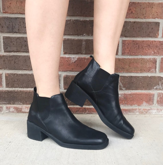 vintage 90s Black CHUNKY Square Toe ANKLE BOOTS 8