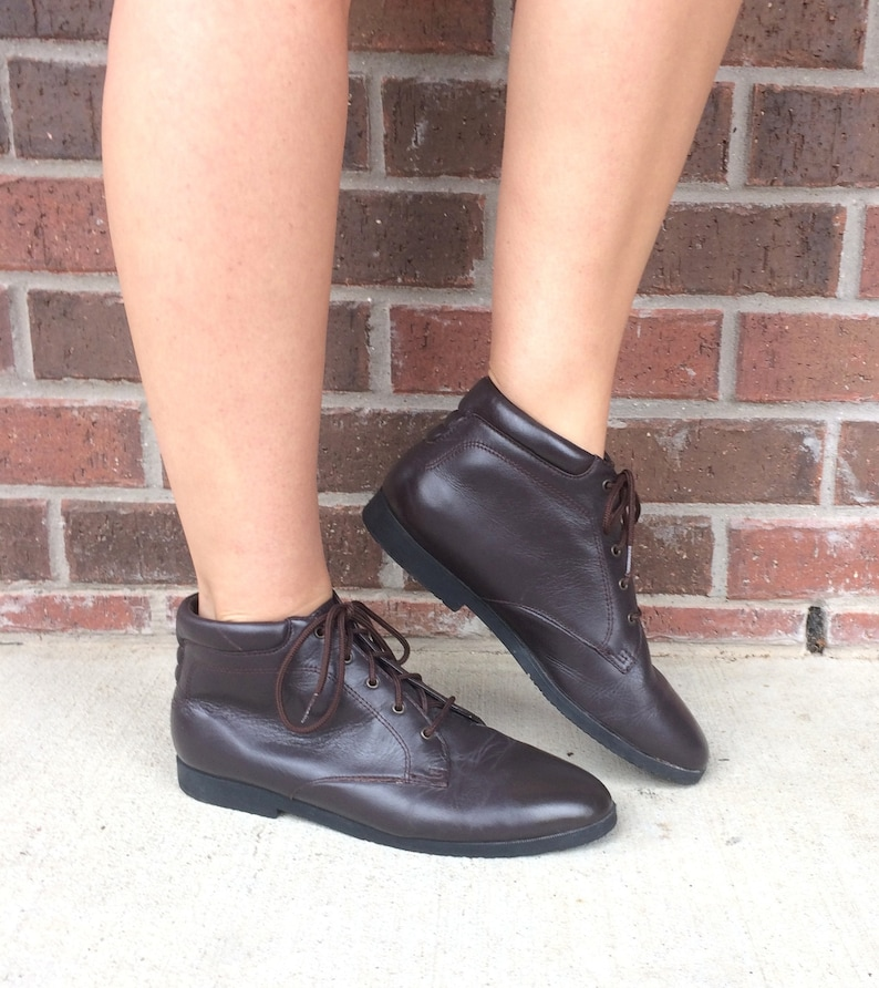 0fc52baeb7d9f vtg 80s lace up BROWN leather ANKLE BOOTS boho 9 flats riding equestrian  preppy brogues oxfords grunge