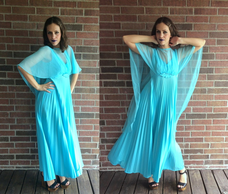 53a577e2219 Vtg 60s Sky Blue PLEATED Grecian Goddess Cape MAXI DRESS
