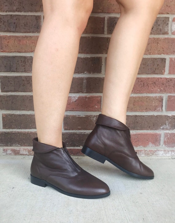 vintage 80s BROWN Zip Up ANKLE BOOTS 8.5 cuff boot