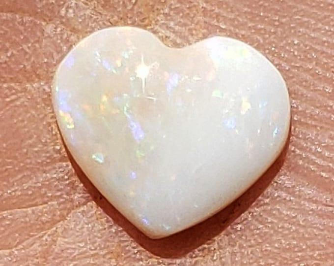 2.2 Ct. Opal - Heart Shape - Coober Pedy, Australia - 11.2 x 9.7 mm - Natural