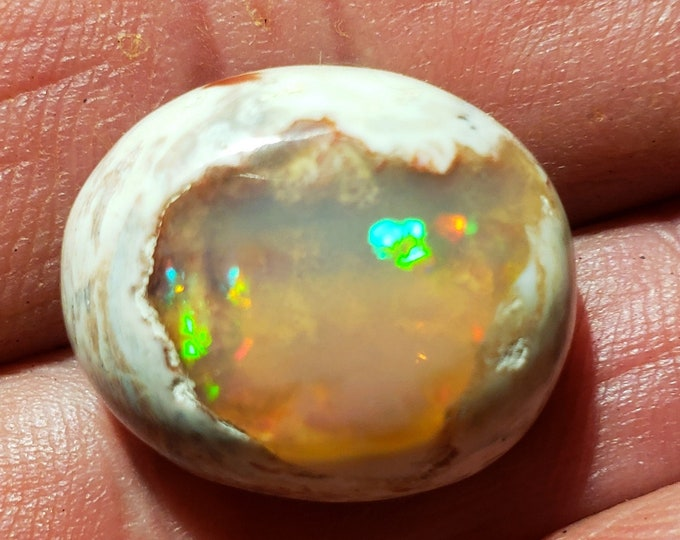 19.6 Ct. Mexican Cantera Opal - 19 x 16.8 mm