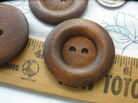 Crafts Sewing Knitting 5 Wooden LARGE Blue Rimmed Buttons 40mm Handbags