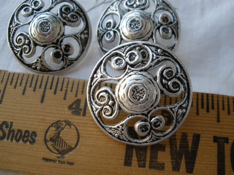 1b9f0477ee8 Antique Silver Pewter Filigree Coat shank Buttons 1 1 8