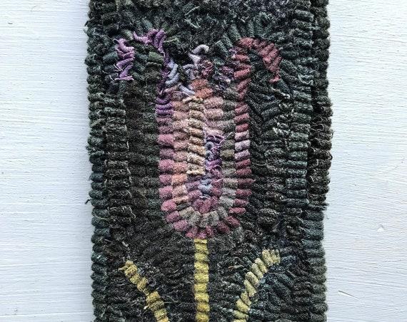 Primitive Folk Art Purple Hooked Tulip Flower Rug / Mat~ Early Style