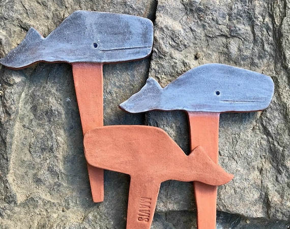 Periwinkle ~ Whale Vegetable Garden Herb Plant Markers ~ New England, Martha's Vineyard, Nantucket Style Folk Art