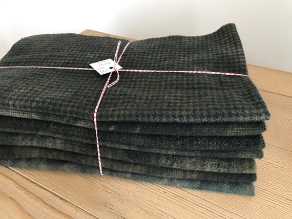 Hand Dyed Wool Fabric, 7 Antique Black Fat Quarters 1/4 Yard {1 3/4 Yards Total} for Primitive Rug Hooking