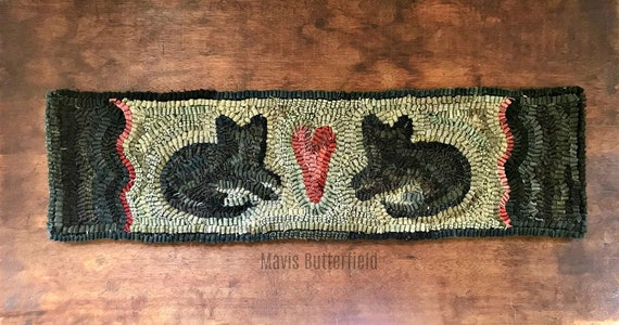 Primitive Wool Folk Art Hooked Rug 2 Black Fat Cats ~ Early Style ~