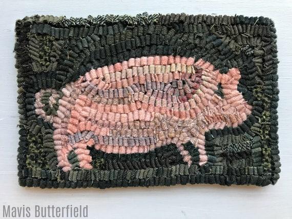 Primitive Folk Art Hooked Rug Pink Pig Early Style