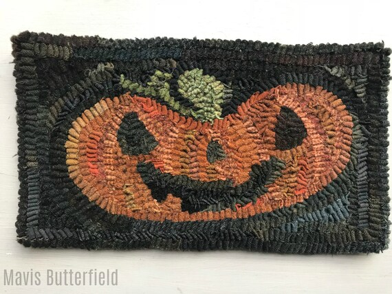 Primitive Halloween Folk Art Hooked Happy Jack Pumpkin Rug ~ Early Style