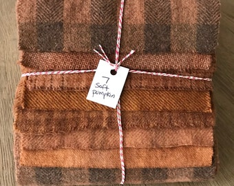 Hand Dyed Wool Fabric, 7 Soft Pumpkin Fat 1/16 Sixteenth for Primitive Rug Hooking
