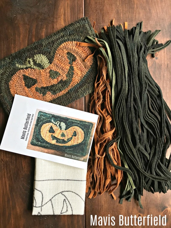 RUG HOOKING KIT - Happy Jack Pumpkin on Linen