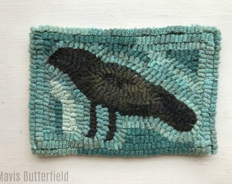 Primitive Folk Art Hooked Rug / Mat Old Crow Early Style in Robin's Egg Blue