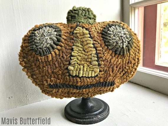 LIMITED EDITION ~ Rug Hooking Pattern Pumpkin Make Do #1 on Linen