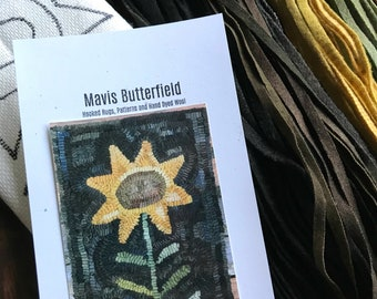 RUG HOOKING KIT -  Folk Art Sunflower on Linen