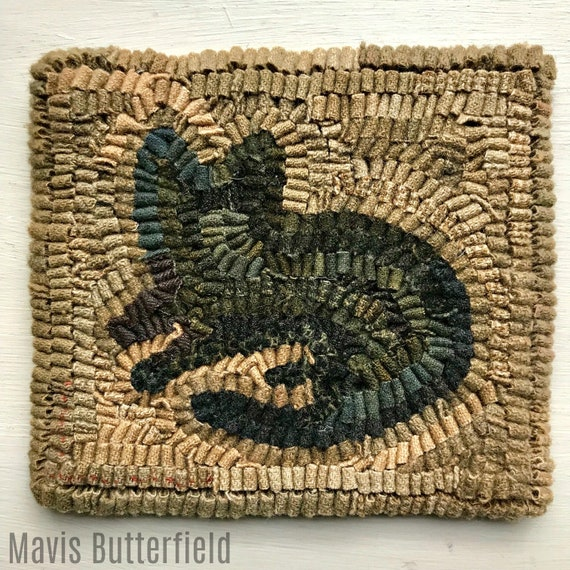 Primitive Wool Folk Art Hooked Rug Old Cat  ~ Early Style