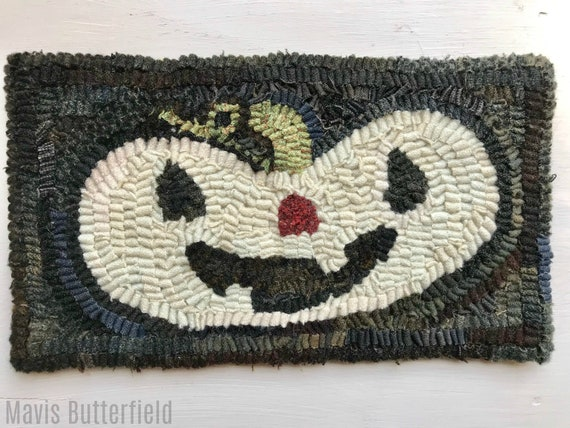Primitive Halloween Folk Art Hooked White Happy Jack Pumpkin Rug