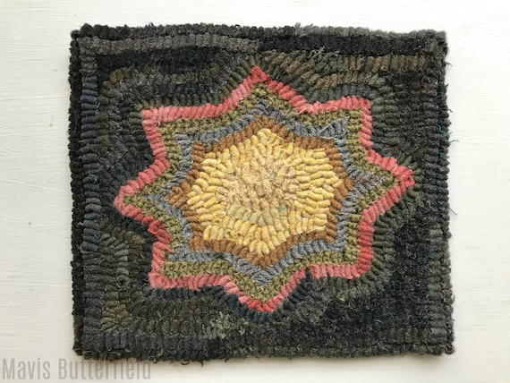 Primitive Folk Art Hooked Rug / Mat 8 Point Star Early Style