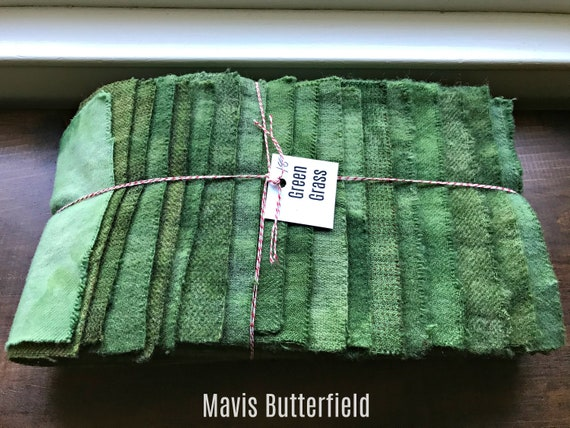 Hand Dyed Wool Fabric, 18 Green Grass Fat 1/16 Sixteenth for Primitive Rug Hooking