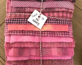 Hand Dyed Wool Fabric, 16 {LIGHT} Flamingo Pink Fat with Flecks 1/16 Sixteenth for Primitive Rug Hooking