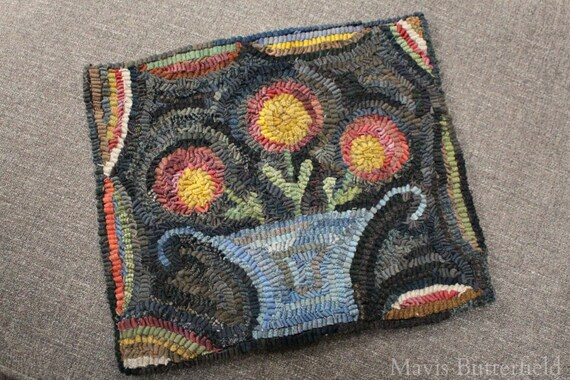 Rug Hooking Pattern Flowers for Lucy {Small}  on Linen or Paper