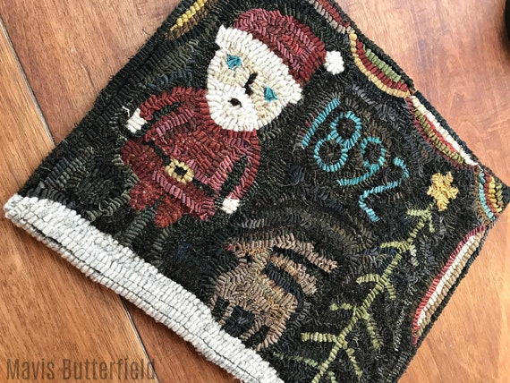 Primitive Folk Art Wool Hooked Rug Santa and Rudy 1892