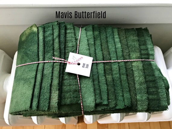 Hand Dyed Wool Fabric, 17 Pine Tree Green Fat 1/16 Sixteenth for Primitive Rug Hooking
