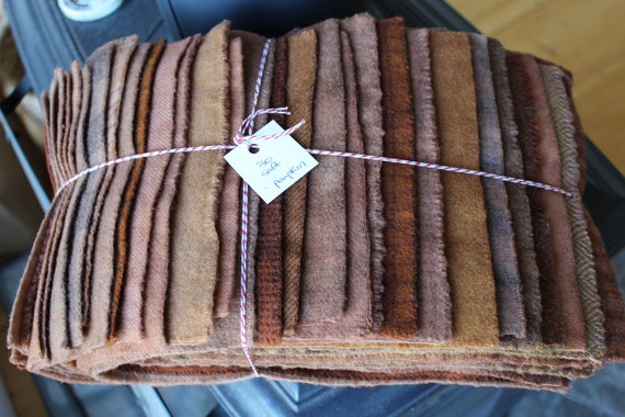 Hand Dyed Wool Fabric, 30 Soft Pumpkin Fat 1/16 Sixteenth for Primitive Rug Hooking