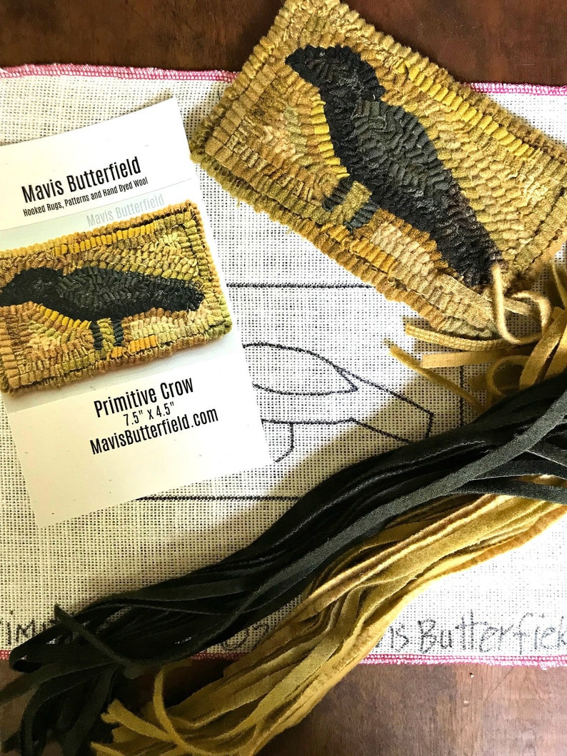 RUG HOOKING KIT for Beginners  Primitive Crow  on Linen with image 0