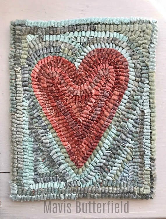 Rug Hooking Pattern Primitive Folk Art Heart on Linen