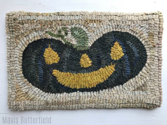 Primitive Halloween Folk Art Hooked Black Happy Jack Pumpkin Rug