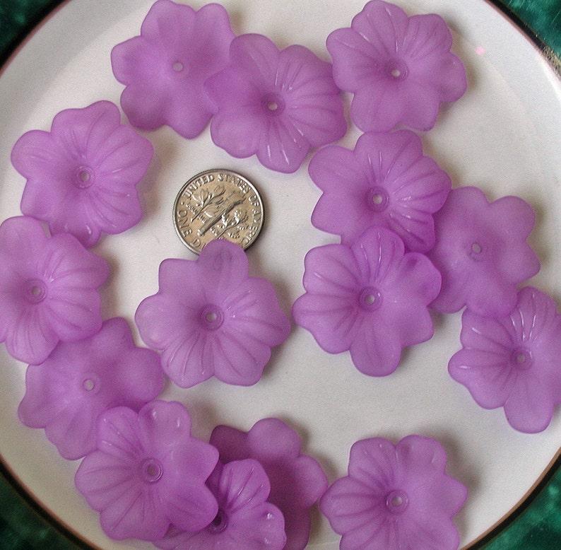 "Lucite Flower Beads Size 9.0 mm /"" PURPLE /"" 50 Pcs"