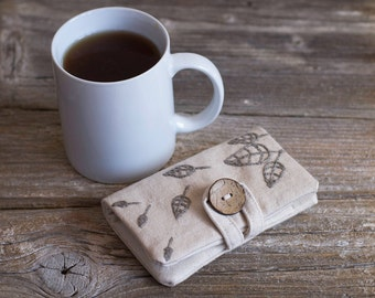 Natural White Cotton Tea Wallet with Hand Embroidered Leaves in Natural Grey Linen, Natural Tea Holder, Eco Friendly Gift for Tea Lover