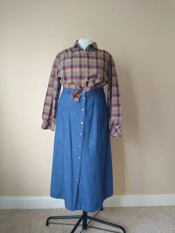 Vintage Light Denim Midi Button Skirt // 100% Cott