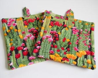 Fleece 2 Homemade Cacti//Cactus Design Handmade Potholder with 2 Layers of Insul