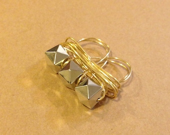 Two Finger Pyramid Wire Ring
